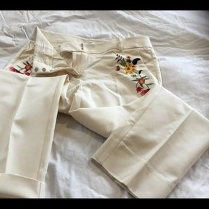Woman's dress pant in cream color